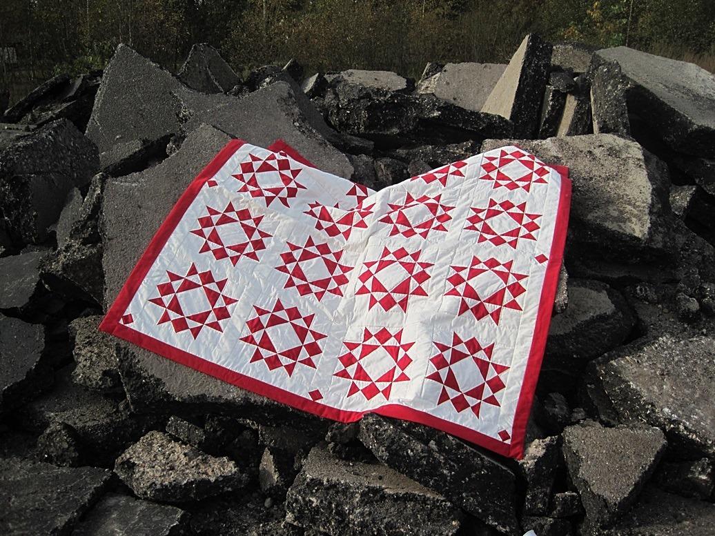 traditionele quilts met rode sterren