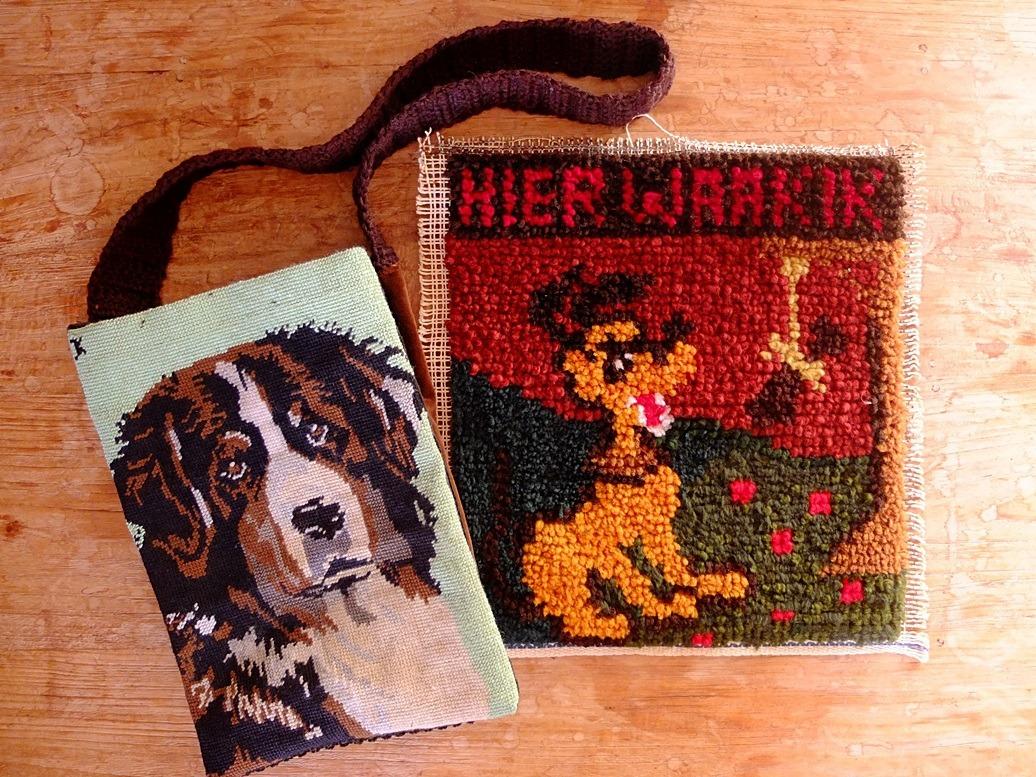 Twee handwerken met honden