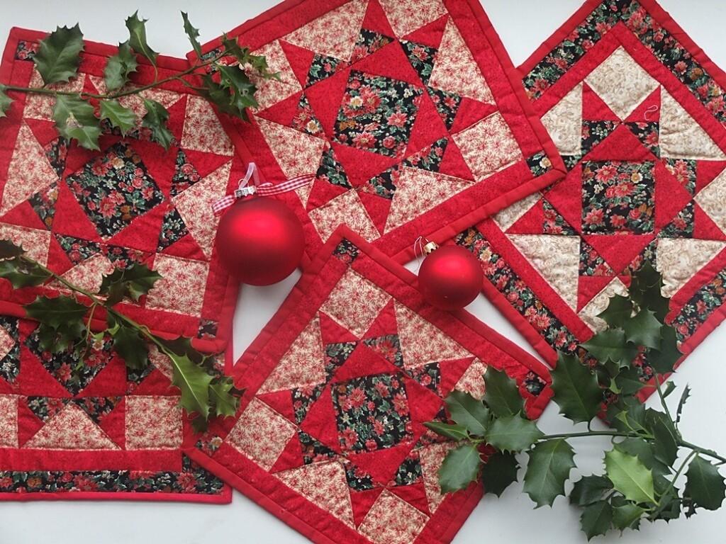 Vijf kleine kerstquiltjes met ohio-star