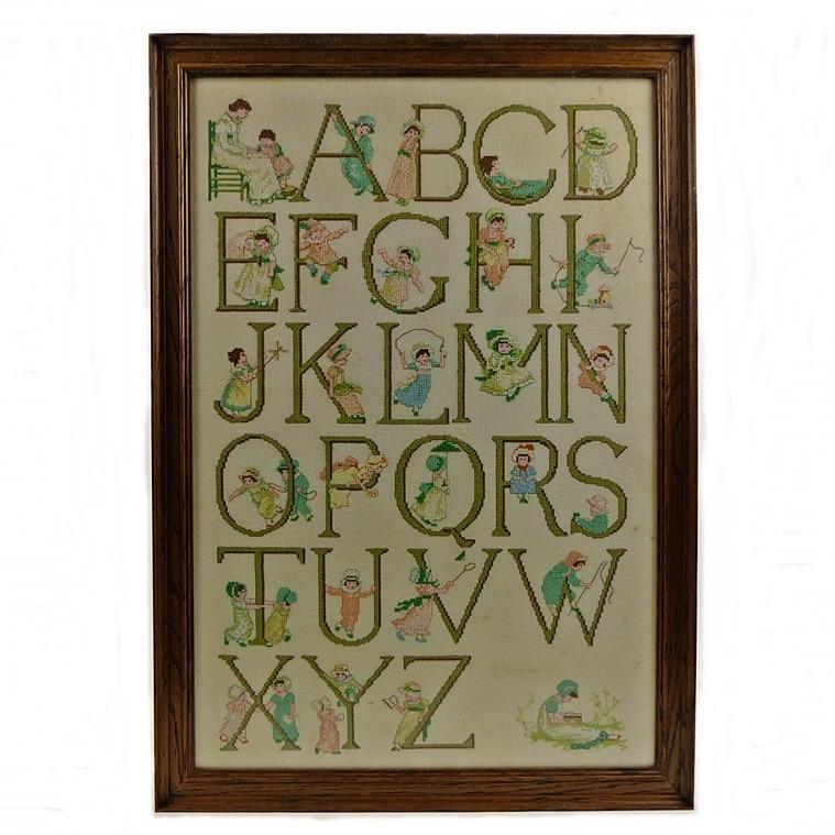 Geborduurd Alfabet, ontwerp Rie Cramer