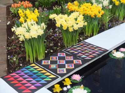 Drie kleurige quiltjes bij de Flora in Bovenkarspel