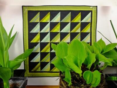 Quiltje groene streepjes met Hosta