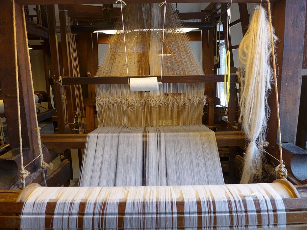 Weefmachine in Textielmuseum