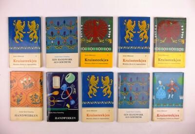 Tien boekjes uit handwekrserie