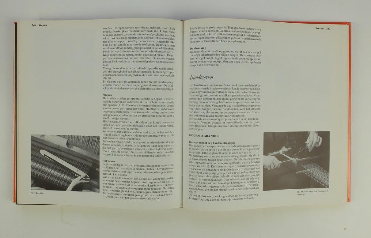 Pagina uit boek alles over handwerkenPagina uit boek alles over handwerken