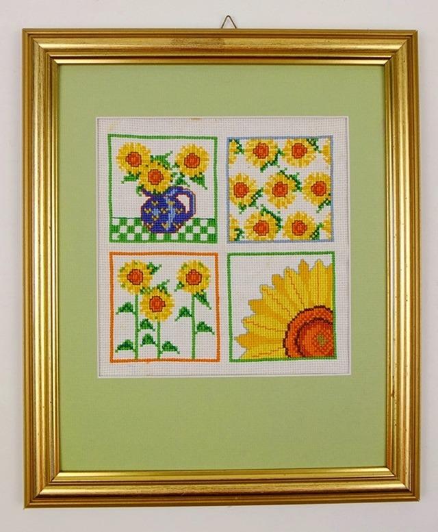 Schilderijtje vier keer zonnebloemen