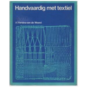 Boek Handvaardig met textiel