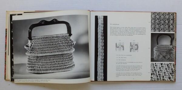 Pagina uit boek Kleurrijk Macrame