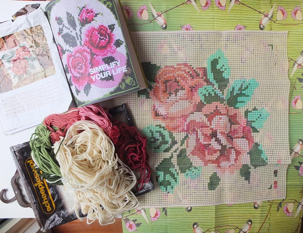 Voorbedrukt stramien roos en afbeelding