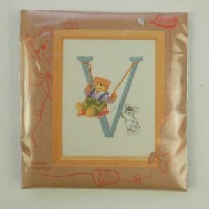 Borduurpakketje Lanarte letter V