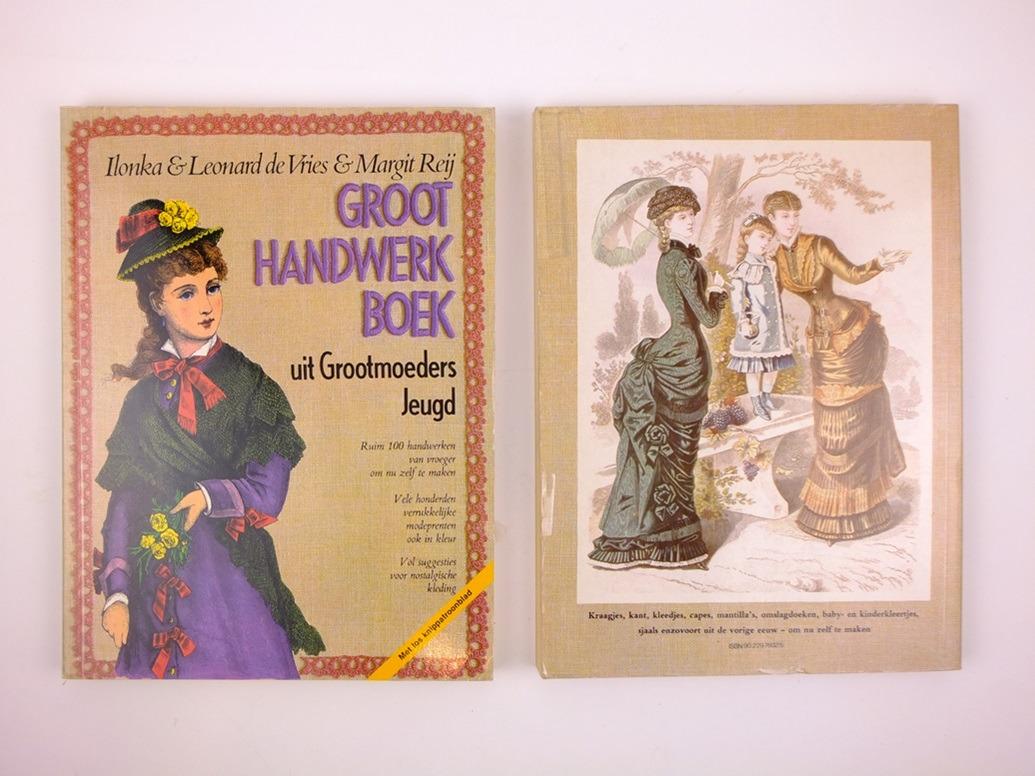 Groot handwerkboek uit grootmoeders jeugd