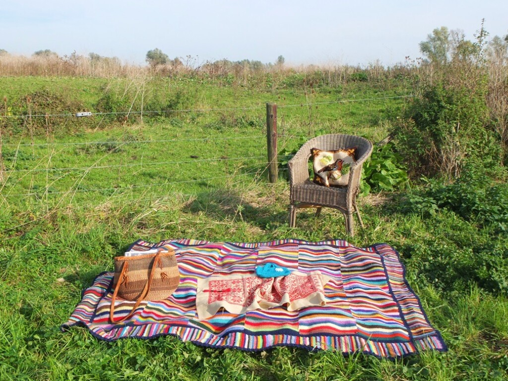 Picknickplekje met gehaakt kleedje
