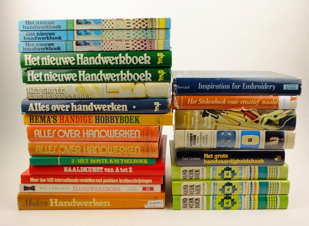 Stapel dikke handwerkboeken