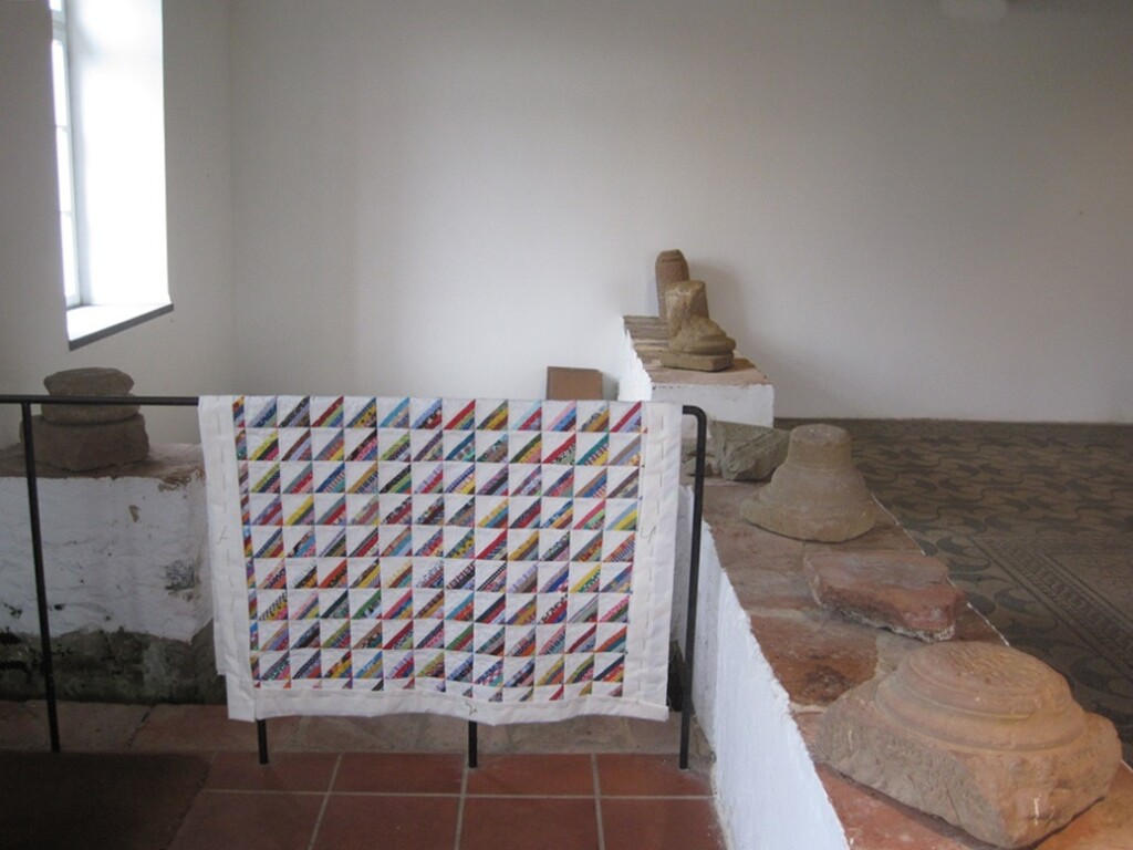 Quilt Roman stripes bij Romeinse opgravingen