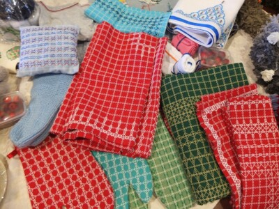 Tafelkleden op kerstmarkt