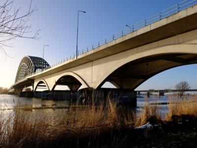 Brug over IJssel bij Hattem