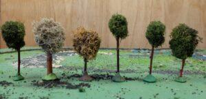 Zelfgemaakte boompjes voor marklinbaan