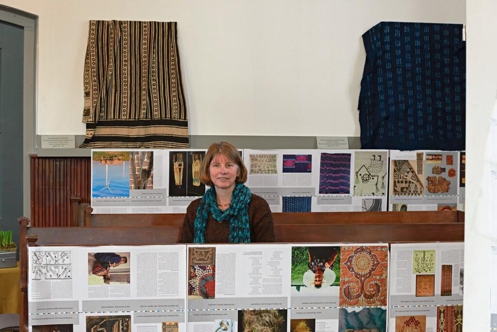 Margriet in tentoonstelling Henriette Beukers