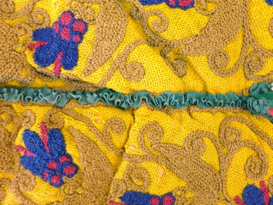Detail oude theemuts