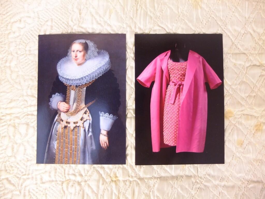 Twee kaarten van Nederlandse Kostuumvereniging