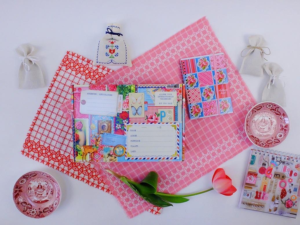Roze kleedjes en wat spulletjes