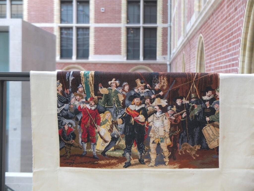 Geborduurde Nachtwacht in Rijksmuseum
