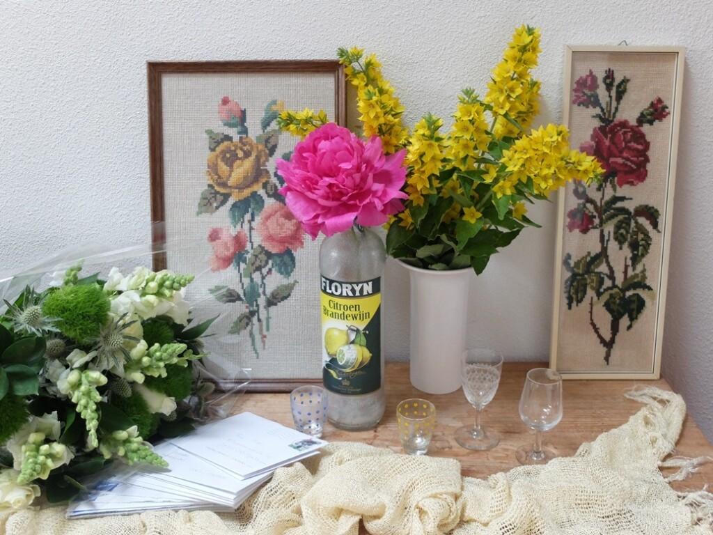 Bloemen en borduurwerken