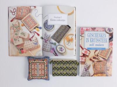 Boek Geschenken in Kruissteek zelf maken