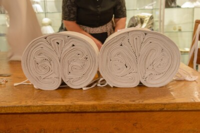 Opgerold linnen in museum Eungs Schoppe