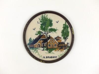 Geborduurd schilderijtje boerderij Noord Brabant