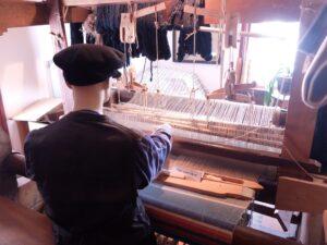 Weefgetouw voor weven van linnen