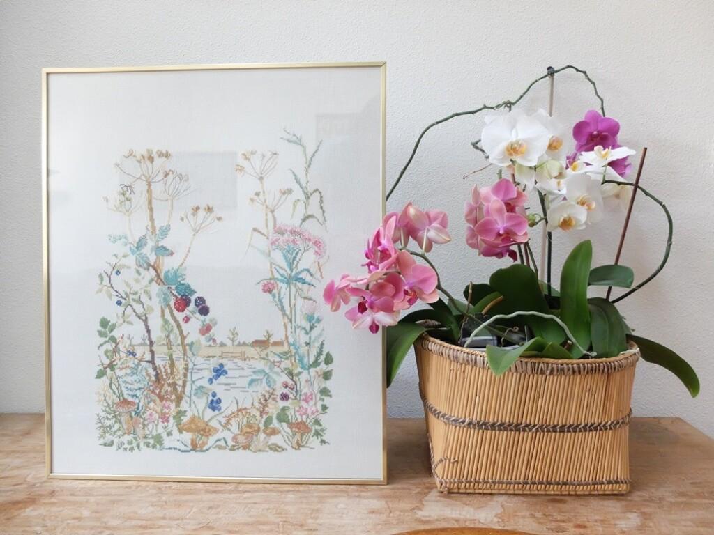 Geborduurd schilderij bloemen