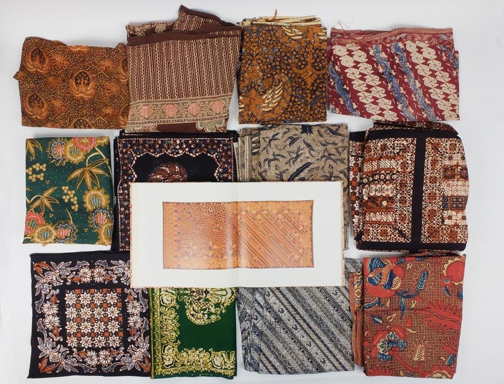 Batik lappen met boek over batik