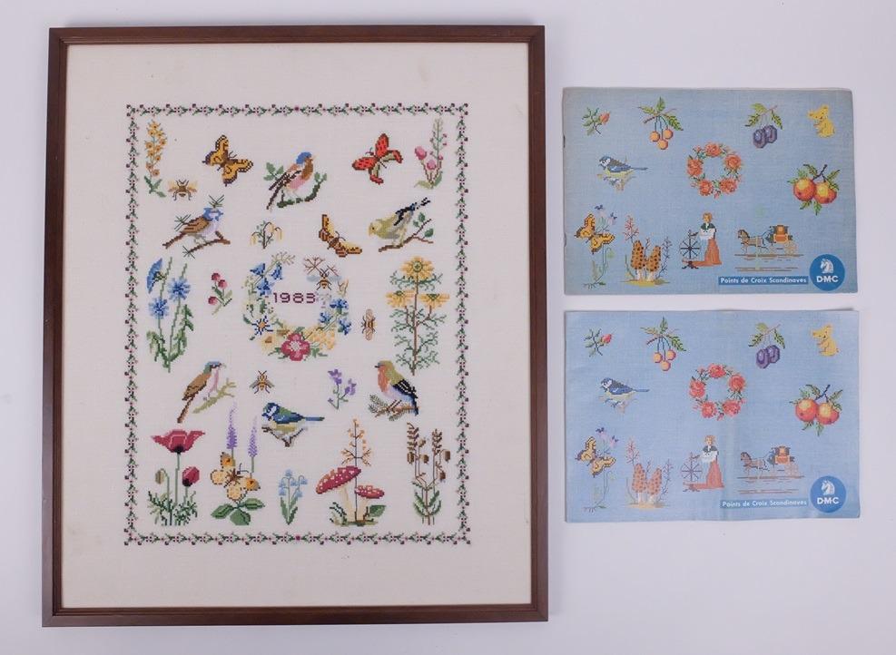 Geborduurd schilderij vogeltjes bloemetjes vlindertjes
