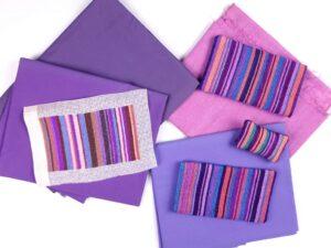 Geborduurde paarse streepjes hoesjes