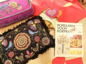 Kussen van workshop Scandinavisch wolborduren