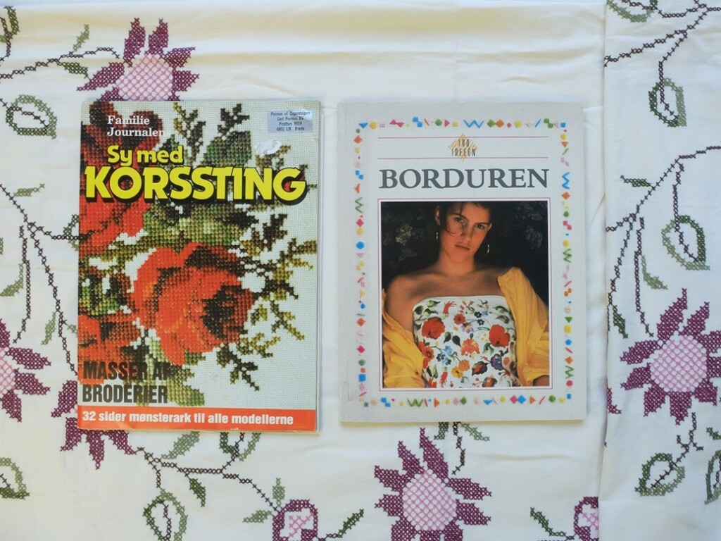Boek en tijdschrift over borduren