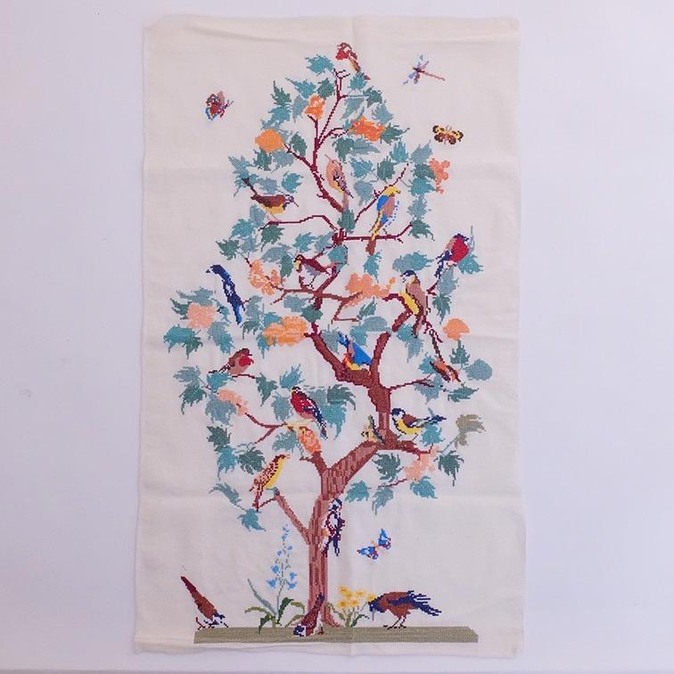 Borduurwerkje vogeltjesboom