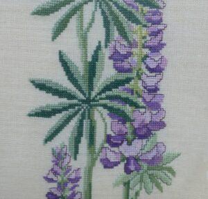 Detail borduurwerk Lupine