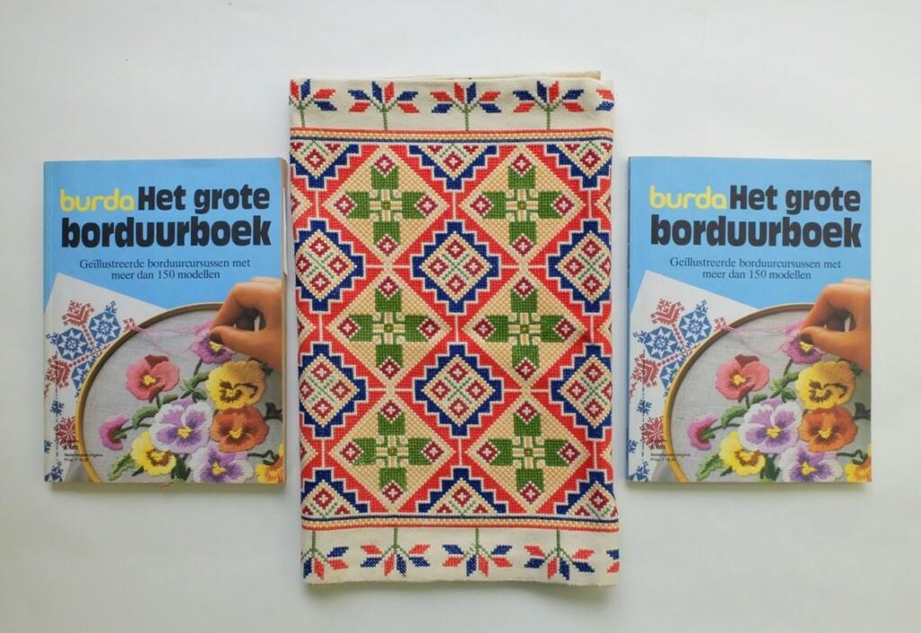Het grote borduurboek Burda