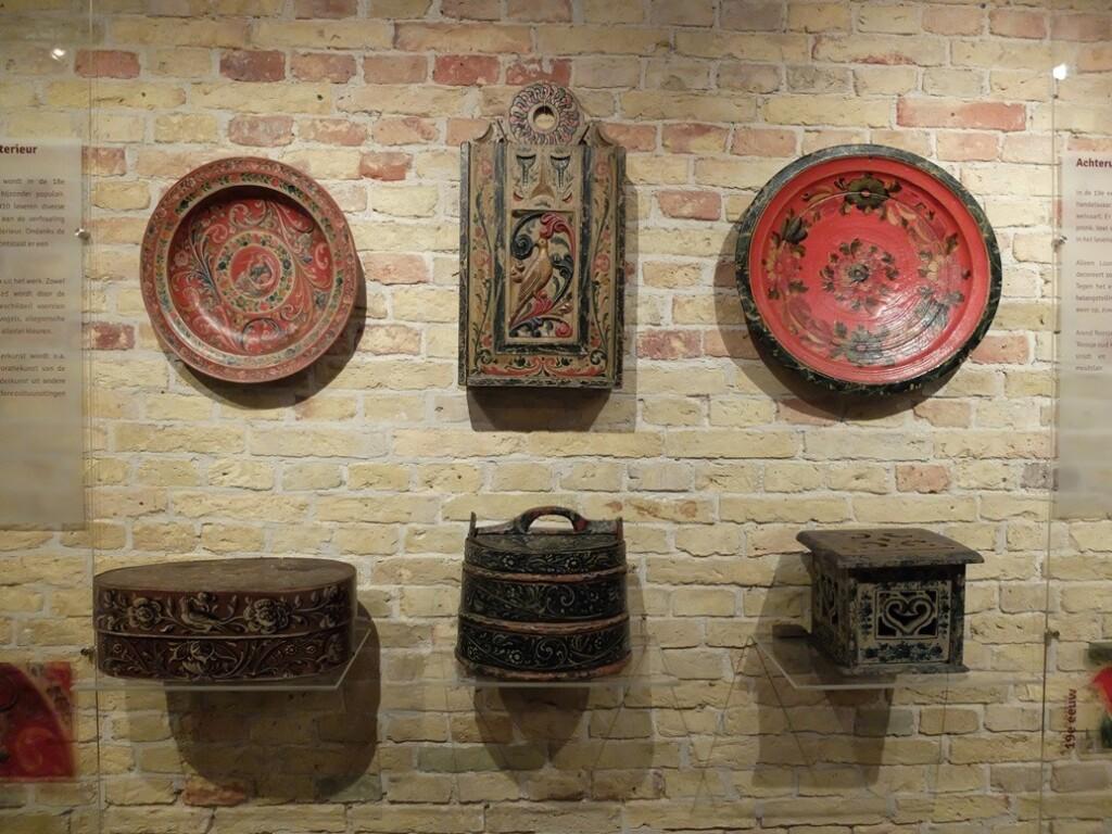 Hindeloper volksschilderkunst in museum