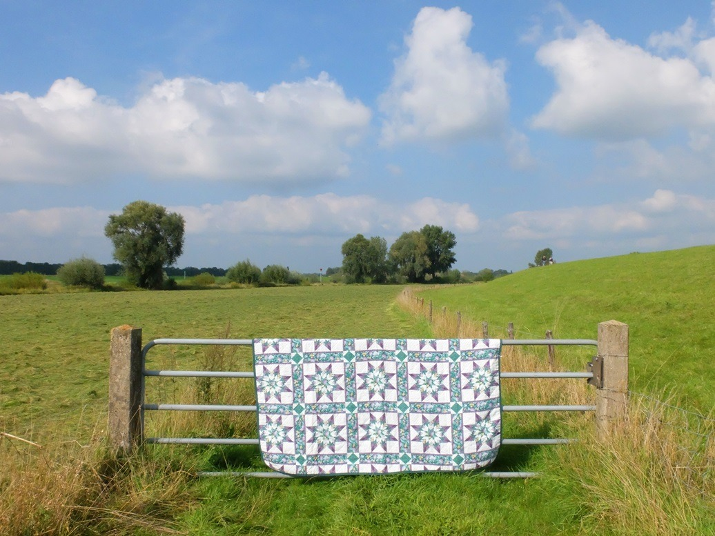 Quilt over hek