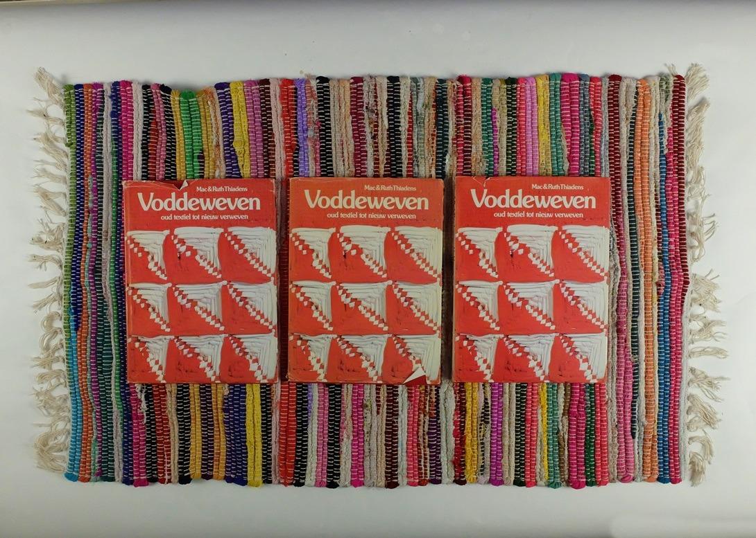Boeken over voddeweven