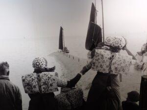 Foto op muur in museum Spakenburg