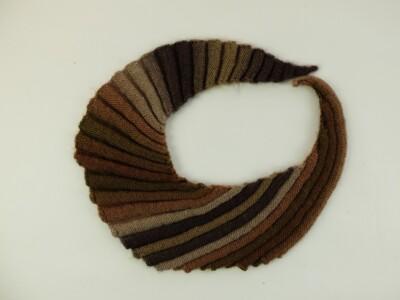 Gebreide sjaal in kleurverloop