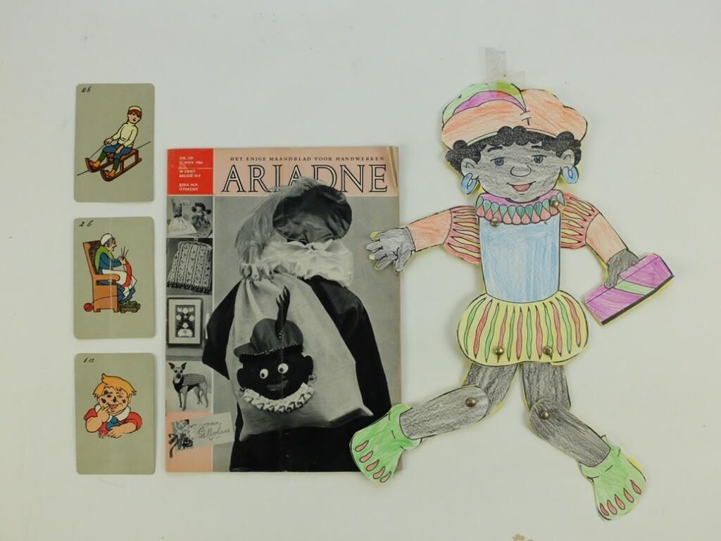 Oude Ariadne met kaartjes Zwarte Piet