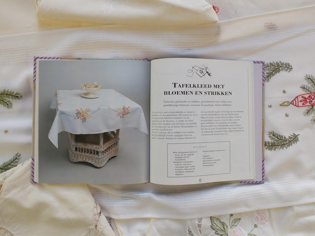 Pagina uit boek Geborduurd tafellinnen