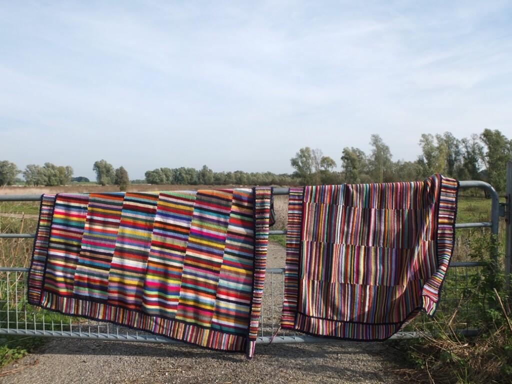Gehaakte dekens met veel kleurtjes