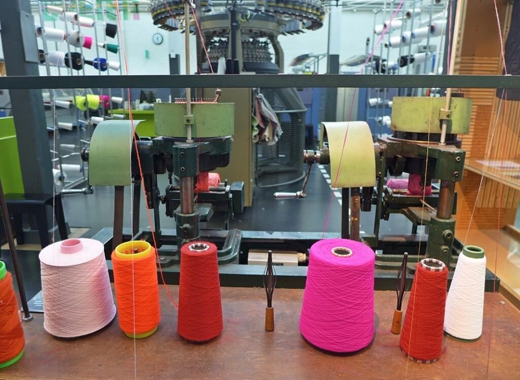 Klossen garen in textielmuseum