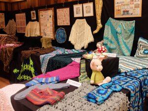 Handwerktentoonstelling Vrouwen van Nu(2)